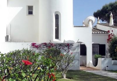 Elliott villas